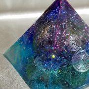 ピラミッドオルゴナイト宇宙