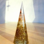 円錐形オルゴナイト見本